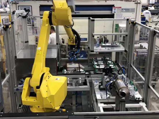 End of Line Roboteranlage, Maschinen- und Vorrichtungsbau